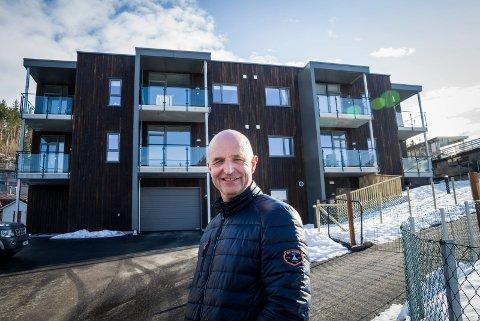 PÅ TOPP: Leif Arne Åsen har tidlegare toppa inntekstlista i Førde. No er han på førsteplass i Jølster.