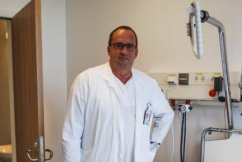 FEIL ENDE: Smittevernoverlege ved Sykehuset Østfold, Jon Birger Haug er klokkeklar på at det er et forbedringspotensialet i Østfold på å skrive ut riktig menge antibiotika.ARKIVFOTO: Stina Mikalsen