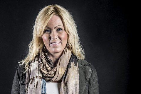 «helgaheleuka»: Helga Paulsen bruker Facebook som en publiseringskanal som skribent, sammen med sin blogg «Helgaheleuka»