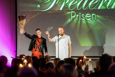 Takknemlige vinnere: Let's Duet mottok Syng med vårs-prisen under Frederikprisen 2015.