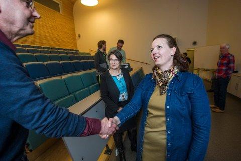 Ny I: Camilla Dahlstrøm tar over som rektor på Cicignon barne- og ungdomsskole i august. Tirsdag ble hun tatt godt imot av personalet.