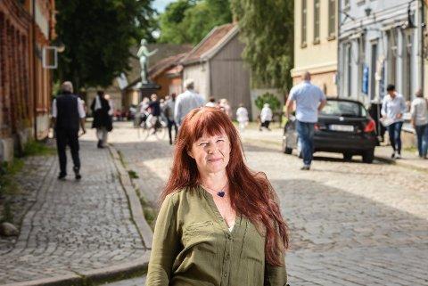 Satser i Gamlebyen: Visit Fredrikstad og Hvaler, og daglig leder Maya Nielsen, er opptatt av å få aktivitet i flere deler av kommunen etter koronakrisen. (Arkivfoto: Kent Inge Olsen)
