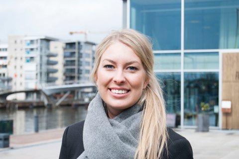 Malin Krå Simonsen (24) går en hektisk sommer i møte, når hun om kort tid trer inn i rollen som valgkampmedarbeider i Arbeiderpartiet.