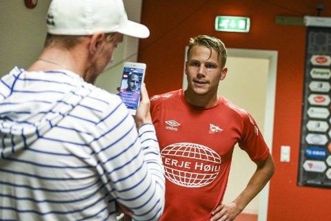 ALVORET: – Ja, vi spillerne har forstått alvoret, sier Patrik Karoliussen om FFKs tabellposisjon.