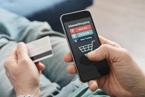 NETTHANDEL: Netthandel fra utenlandske butikker blir stadig mer populært blant nordmenn.