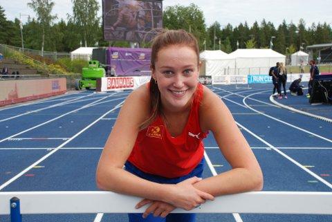 KLAR: – Alt ser bra ut, fastslo Nora Kollerød Wold sprudlende etter den siste finpussen av formen på EM-arenaen onsdag formiddag. Fredag løper hun for å nå semifinalen på 400 meter hekk dagen etter.
