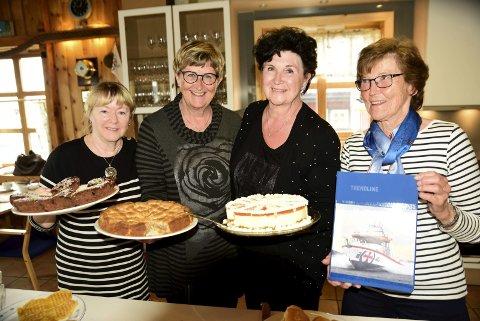 Overtar: Driftige damer overtar kafeen. Fra venstre: ) Inger Vanje  Andreassen, Anne Lise Christensen, Tove Birkeland og Brit Kroken. Foto: Kjell G. Karlsen