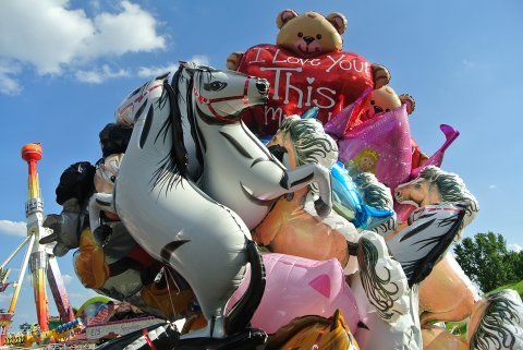 OVER I HISTORIEBØKENE: Det ligger an til at slike heliumballonger er solgt for siste gang i Narvik. Illustrasjonsfoto