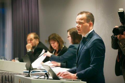 I formiddag legger Tomas Norvoll og resten av fylkesrådet frem forslag til nytt budsjett.