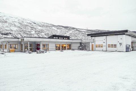 JULEBONUS: Alle 4.600 ansatte i Statens vegvesen får 5.000 kroner hver i julegave. Her fra Narvik trafikkstasjon.