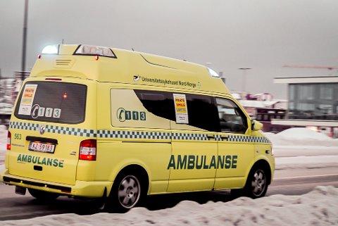 KRITISK: Ambulansearbeideren er svært kritisk til brøytingen som blir utført i Ofoten.