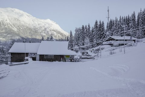 MÅTTE STENGE: Da heisen stoppet opp måtte Ankenes alpinanlegg stenges.