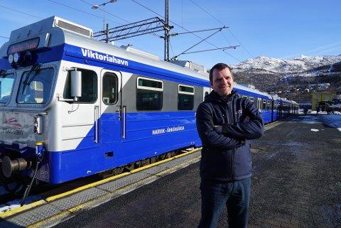 FORNØYD: Prosjektleder i Arctic Train, Kjetil Westby Bjørkaas, forteller at de har hatt over 500 reiser fra 26. mars til andre påskedag. Det er han fornøyd med. Arkivfoto