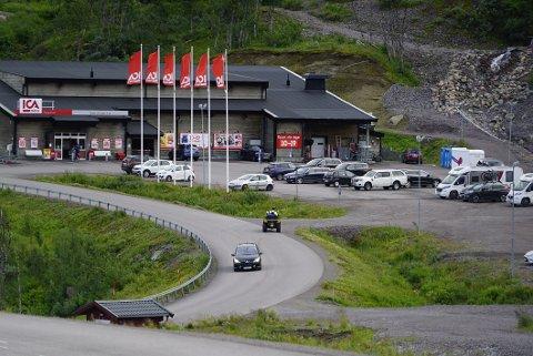 GRENSEHANDEL: Mandag ble Norrbottn koronagrønn, og igjen kan butikkene over grensen erfare at rundt 90 prosent av handelen blir gjort av nordmenn.