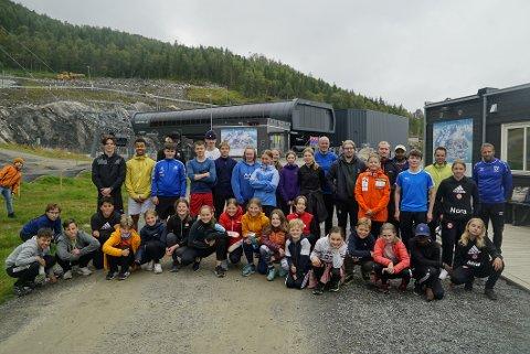 ALPINSAMLING: Denne helga har 50 unge alpinister fra hele landsdelen vært på treningssamling i Narvik.