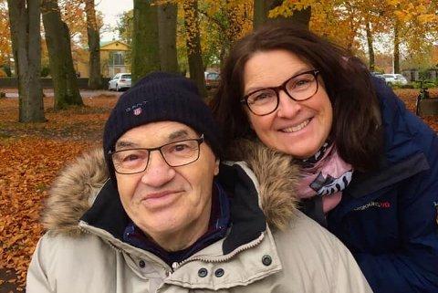 FAR OG DATTER: Pappa Laszlo Lørincz er pasient på Indre havn sykehjem. Familien ville helst hatt ham i Holmestrand der han hører hjemme, men nå er det viktigste at det ikke skjer flere endringer i tilværelsen for ham, mener datteren Gabriele.