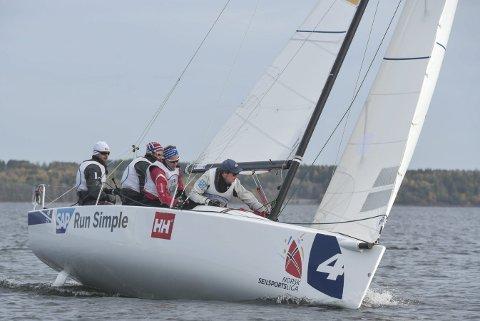 Samme båttype: Åsgårdstrandslaget har fått god erfaring med J/70-klassen, som brukes i Seilsportsligaen både her hjemme og i resten av Europa. begge foto: vidar Kalnes