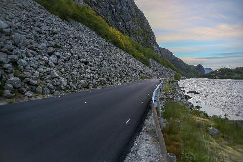 Det vil koste 42 millioner kroner å rassikre fylkesveien forbi Bergsura.