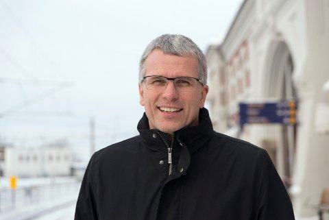 ØKNING: NAV-direktør Bjørn Lien opplever økning i antall arbeidsledige i Hedmark, men nedgang i glåmdalskommunene.