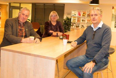 FORNØYDE: Lokale næringshager overtar etablereropplæringen de kommende årene. Det er Borge Nordfjeld (fra venstre), Tove Gulbrandsen og Stian Gulli Hansen godt fornøyde med.