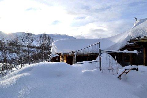 MEST SNØ: Ifølge målestasjonene er det Grotli i Skjåk kommune som har størst snødybde i norge akkurat nå. Bildet er tatt mandag 13. november.