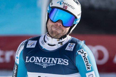 Kjetil Jansrud har reist hjem fra alpin-VM etter å ha slitt med sykdom.