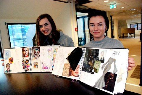 KREATIV UTDANNELSE: Karen Anna Nybakke og Malin Gullberg viser fram «research-bøkene» sine.