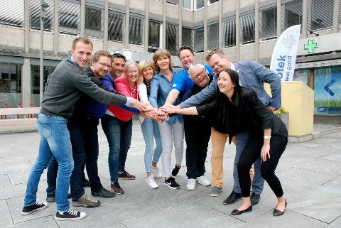 SAMMEN FOR GLOBAL AKTIVITET: F.v. Roger Aa Djupvik (Oppland fylkeskommune, idrett), Iver Sørlie Røhr (sektor velferd), Bengt Fjeldbraaten (folkehelsekoordinator), Trine Syvertsen (Sport Management, høgskolen), Heidi Bråten (prosjektleder Generation Games), Tone Karlsen (Frisklivssentralen), Eiliv Furuli (Lillehammer skifestival), Stein B. Olsen (Visit Lillehammer), Espen Granberg Johnsen (ordfører) og Tale Steiner (student Sport Management).Begge foto: Karin Doseth