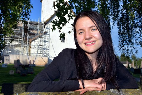 NYTT: Wanja Aasen Hamre er den første pilegrimslærling i Norge. Hun håper den store veksten i pilgrimstrafikken vil gi henne jobb i framtiden.