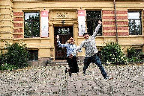 – HER BLIR DET LIV: Det lover Frida Wirum og Magne Strømsnes i Studentaksjonen Lillehammer 2017. Kulturhuset Banken er sete for minifestivalen «Høstlyd». Foto: Karin Doseth