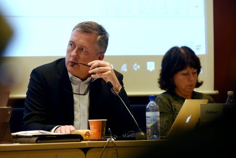 Nord-Fron ordfører Rune Støstad sier at kommunen ikke er i stand til å påta seg oppgavene et asylmottak fører med seg.