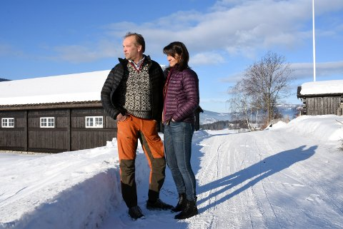 Nina og Øystein Rudi går mot sin 19. sommer med kulturarrangementer på Rudi gard i Sør-Fron.