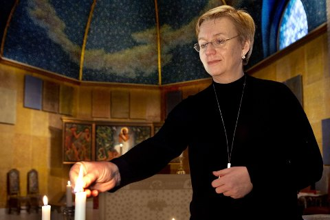 «Hellig rom for alminnelig liv» er Hamar bispedømme sin visjon. Ommøbleringen i Øyer kirke er en oprøveordning, skriver prost Anita Dalehavn.