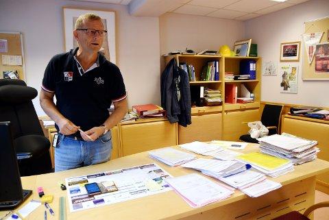 Kommunedirektør Arne Sandbu i Nord-Fron er ikke avvisende til å diskutere en felles ungdomsskole med nabokommunen - men mener lokaleringen er selvsagt.