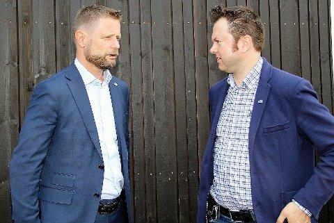 MØTE: Torsdag møttes Yngve Sætre og Bent Høie til videomøte. Her fra et tidligere møte, ansikt til ansikt.