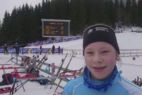 VANT: Anna Heggen fra Harestua kan titulere seg som Norges beste 13-åring etter helgens renn i Kollen. Foto: Privat