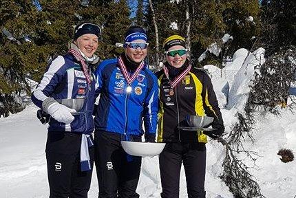 TIL TOPPS: Anna Heggen går for Svea IL. I helgen gikk hun helt til topps i sin klasse i KM 10 klassisk distanse. Foto: Privat