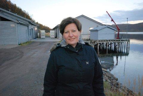 – Vi kjente at vi ble dusjet av noe alle sammen, forteller Helga Pedersen når iFinnmark ringer.