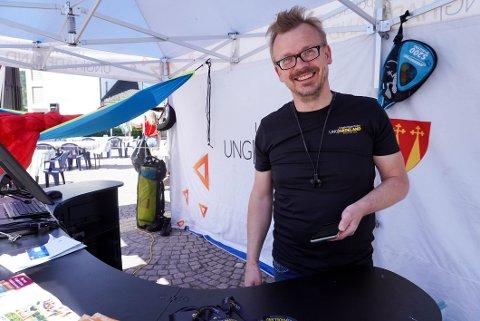 SVÆRT FORNØYD: Torstein Nybø er svært fornøyd med starten på dagen.