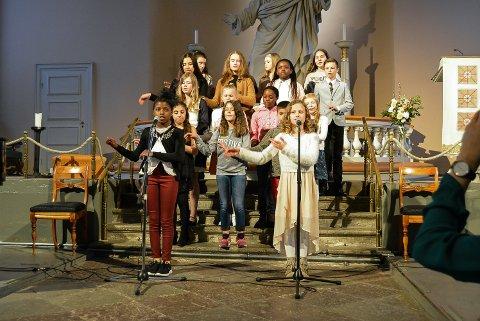STØTTEKONSERT: SOS Barnebyer arrangerte sin årlige veldedighetskonsert søndag kveld. – Takk for støtten, sier arrangørene.