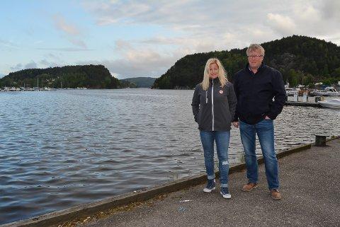 På fredagen under Mat- og havnefestivalen siste helga i juni, kan du sitte på med Marit Strømøy i hennes båt og kjøre i 100 knop i havnebassenget rett bak Strømøy og Lars Woldheim i Halden båtforening.