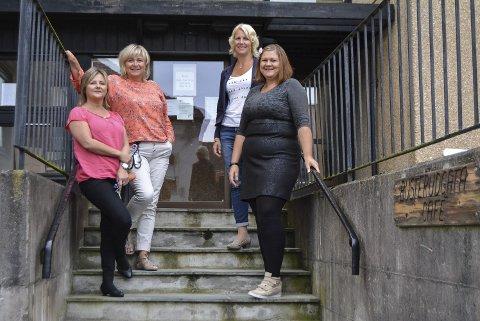 ØKER AKTIVITETEN: Trine Lise Simonsson (f.v.), Marianne Skogheim, Marianne Horgen og Kristine Johansen.