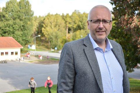 GIR ROS: Rektor Bjørn Tore Schulstad ved Folkvang skole roser sine ansatte som strekker seg langt. Arkiv.
