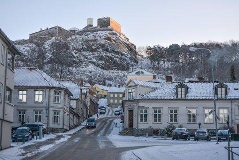 Tirsdag morgen er det kaldt og klart i Halden. (Foto: Anja Lillerud)