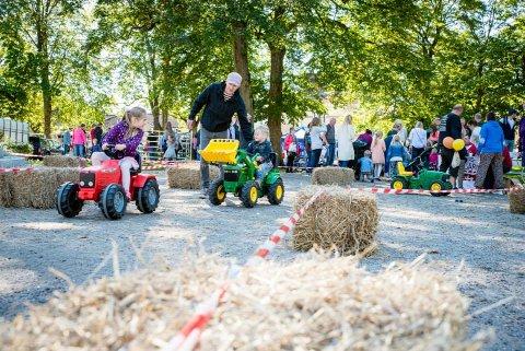 HØSTMARKED: Lørdag blir årets høstmarked arrangert i sentrum.