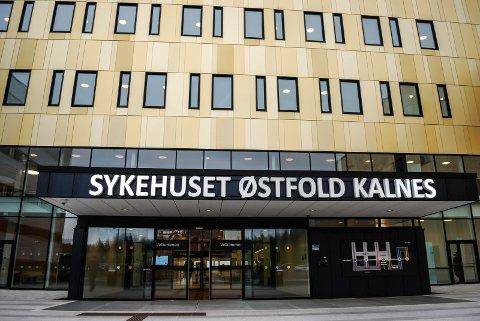Her på Kalnes og eller i Sykehuset Østfold blir det stramme kjøreregler etter utbruddet av det muterte viruset.