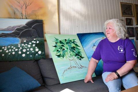 EN DRØM I OPPFYLLELSE: Når Rachel Bratgjerd Narum nå stiller ut maleriene sine hos Kreftforeningen er det en drøm som går i oppfyllelse.