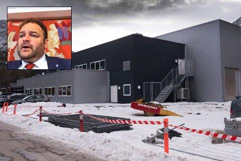 Fjordahallen: Budsjettmøte er utsett og vil finna stad i Fjordahallen, Kinsarvik, 17. desember. – Då får også politikarane betre tid til å vurdera innspela som kjem til budsjettet, seier Roald Aga Haug (Ap).