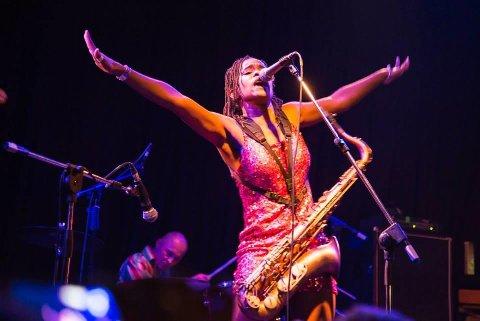 Lady Albatross har turnert i flere land. Her under konsert i Moskva i 2014.