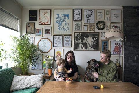 DIY: De gjør det selv, maler, syr, tegner, mekker, skrur og redesigner. Susann Haaland Olsen og Daniel Karlsen. Resultatet er et hjem de synes det er godt å komme hjem til -og der det er lav terskel for å ta imot besøk.